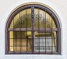 Wernberg Umberg Filialkirche hl. Matthäus N-Seite Gitterfenster 30042018 3498.jpg