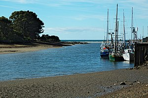 Inglis River - Wharf at the mouth of the Inglis River in Wynyard