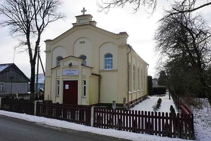File:Ylakiai Baptist church.jpg
