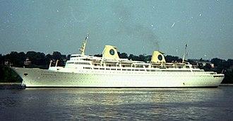 """MV Kungsholm (1965) - Image: """"Kungsholm"""" Hamburg, 1970"""
