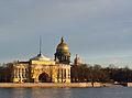 Главное Адмиралтейство (Западный павильон), Исаакиевский собор. Вид с Университетской набережной.jpg