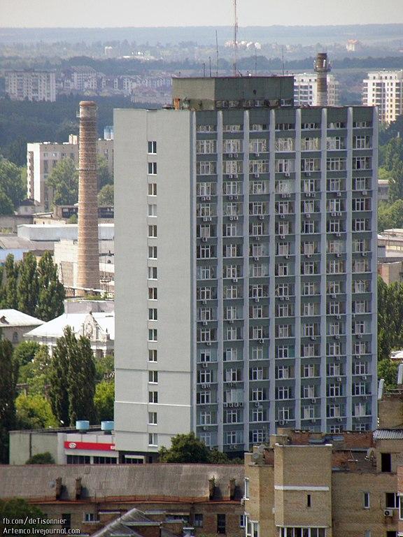 Будинок інституту Державного автомобільного транспорту України