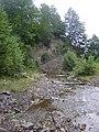 Кладка через річку Лужанка у верхній течії.jpg