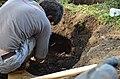 Припремање земљишта за формирање благотинске неолитске пећи 06.jpg