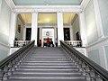 Центральная лестница Галереи.jpg