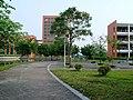 华南理工大学大学城校区B10前.jpg