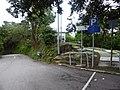 坂道を数分上り振り返る。脇道が望瞭台.jpg