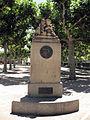 010 Monument a Ramon Carnicer, a la plaça del Carme.jpg