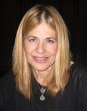 Linda Hamilton - Hamilton at the Big Apple Convention in Manhattan on October 17, 2009.