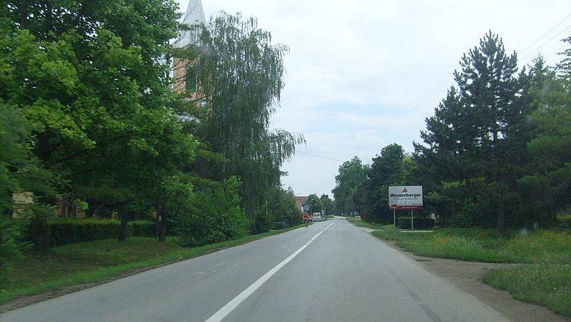 File:14.06.2008. Mali Idjos Kishegyes - panoramio - Sandor Bordas.jpg