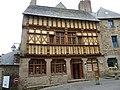 18 Tréguier Maison d'Ernest Renan -avant-.JPG