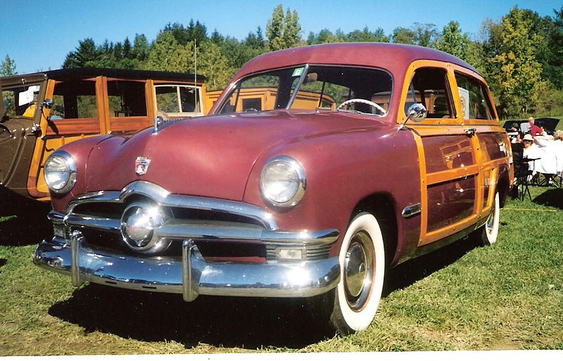 File:1950 Ford Country Squire.jpg