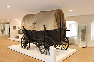 Demographic estimates of the flight and expulsion of Germans - Covered wagon, Brunswick National Museum