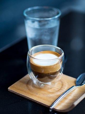 Caffè macchiato - Image: 2014 0508 Caffe macchiato