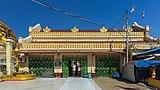 2016 Rangun, Pagoda Botahtaung (33).jpg
