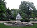 223 Gerro amb nens, parc de la Ciutadella.JPG