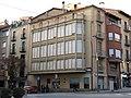 236 Edifici al c. Jacint Verdaguer 4 - rbla. Davallades 1 (Vic).jpg