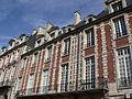 28 Place des Vosges Paris.jpg
