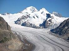 Il Ghiacciaio dell'Aletsch e, sullo sfondo, il Mönch visti dall'Eggishorn