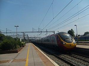 Virgin Trains - Pendolino 390001 Virgin Pioneer at Watford Junction