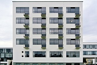 New Objectivity (architecture) - The student accommodation wing, Bauhaus Dessau building, by Walter Gropius (1925-26)