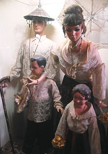 A family belonging to the Principalia.JPG