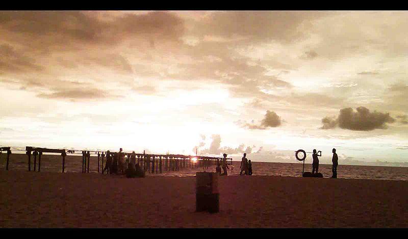 File:A shot from alappuzha beach..jpg