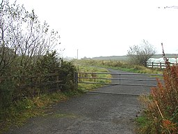 Access to waste disposal site - geograph.org.uk - 598396.jpg