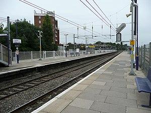 Acton Main Line railway station - Image: Acton main line west