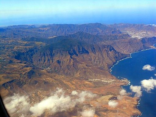 Agaete y Puerto de Las Nieves - panoramio