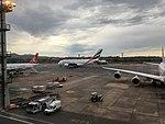 Aircraft at GRU airport, São Paulo 2017 06.jpg