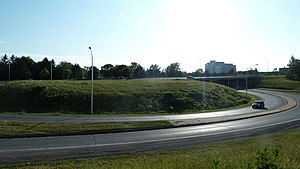 Airport Parkway (Ottawa) - Brookfied Road exit