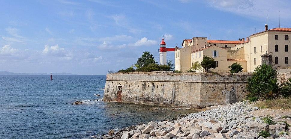 Ajaccio phare citadelle