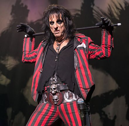 Cooper performing in 2015 Alice Cooper 2015.jpg