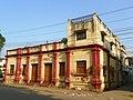 Allahabad, a street scene (25312190057).jpg