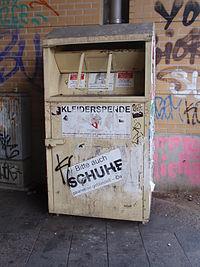 Altkleider-Container-Mettex-Textilrecycling-weiss.jpg