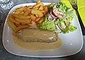Andouillette lyonnaise sauce moutarde avec frites et salade.jpg