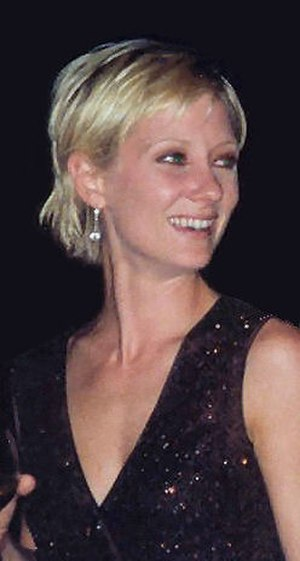 Anne Heche - Heche at the 49th Primetime Emmy Awards (September 1997)