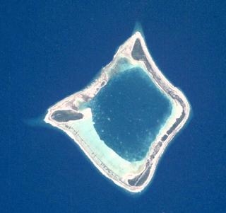 Anuanuraro island in French Polynesia