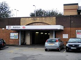 Ashton-under-Lyne Station 01.jpg