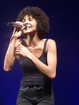 Ayo 02 - Trianon - live in Paris 2011.jpg