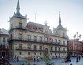 Ayuntamiento de la ciudad de León (España). Siglo XVII - retouched.JPG