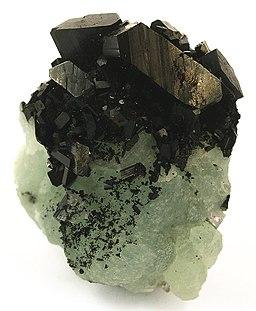 Babingtonite-Prehnite-bab01b