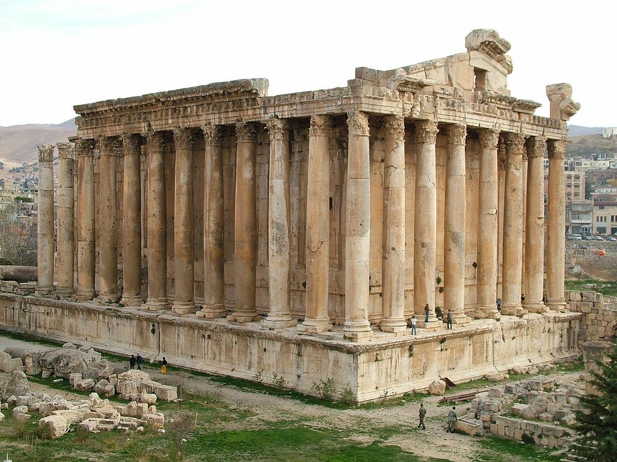Bacchus temple in Baalbek.jpg