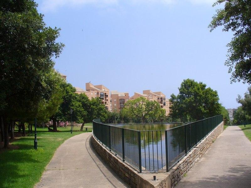 Bastia - le jardin - the pool