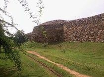 Bastion Wall of Lal kot and Rai Pithora.jpg