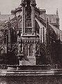 Bayard, Hippolyte - Brunnen am Square Notre-Dame (Zeno Fotografie).jpg