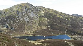 Ben Vrackie and Loch a' Choire - geograph.org.uk - 1324940.jpg