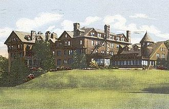 Millbrook, New York - Bennett Junior College Halcyon Hall, c. 1910)