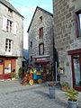 Besse-en-Chandesse - Quartier Saint Jean.JPG